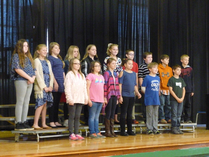 5th grade choir performing